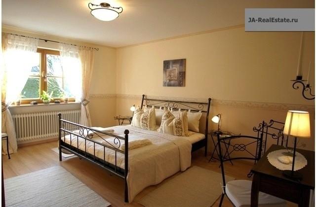 Фото №16 квартиры в Gauting за 4650 евро