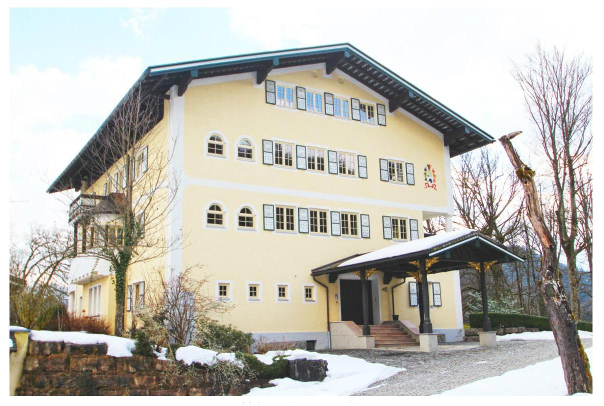 Фото №2 квартиры в Берхтесгаден за 7.900.000 евро